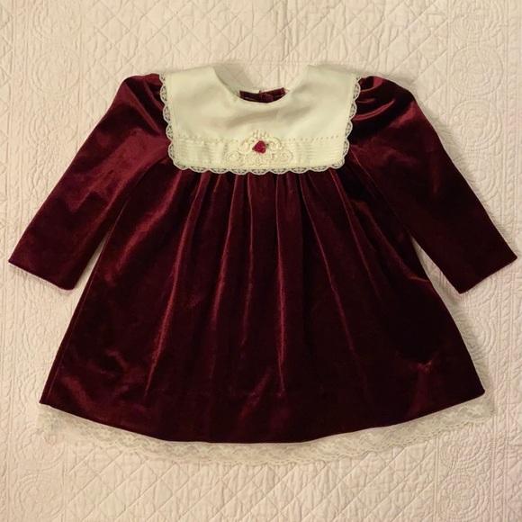 {VTG} Rare Editions Velvet & Lace Dress